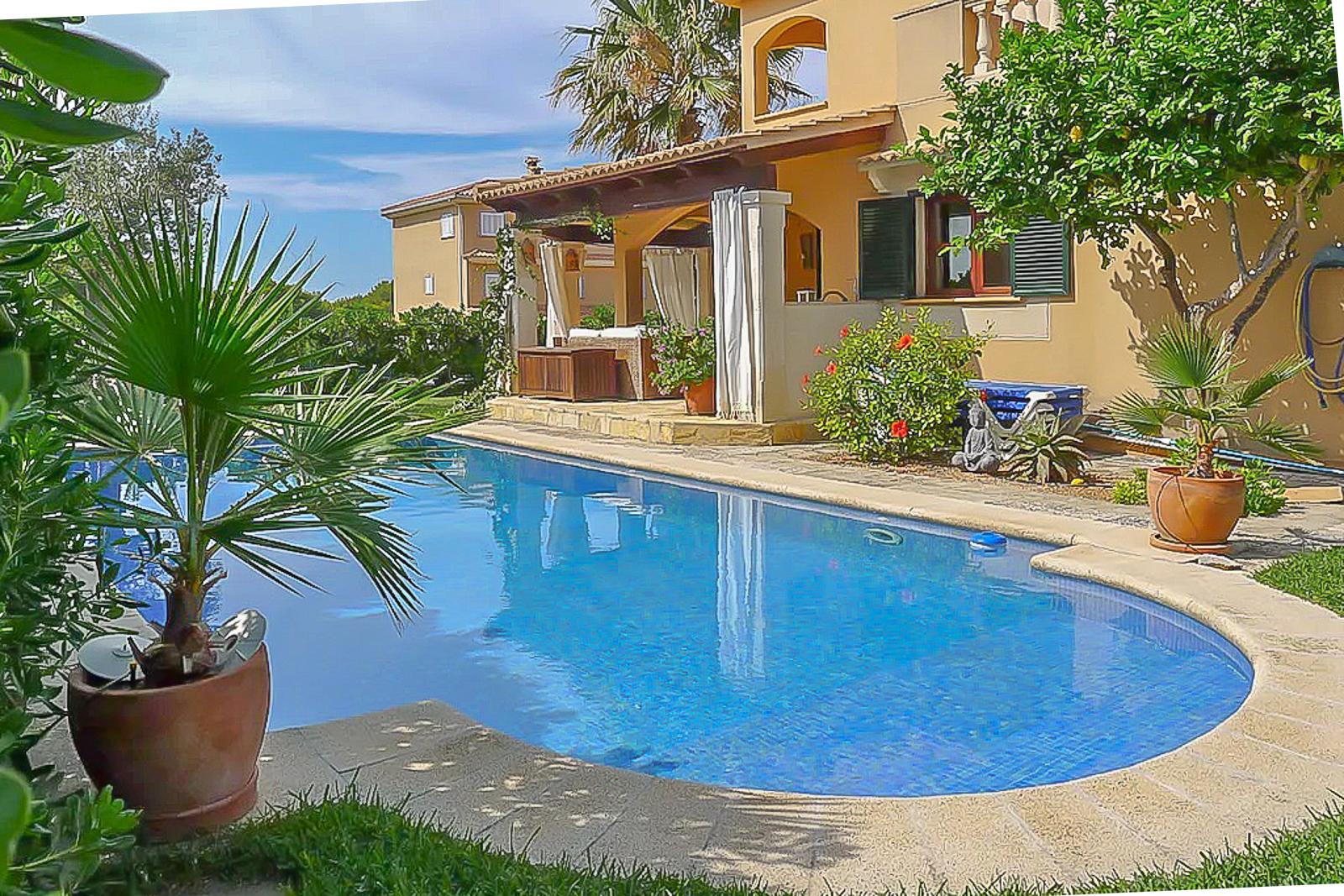 Villa in Can Picafort (3)