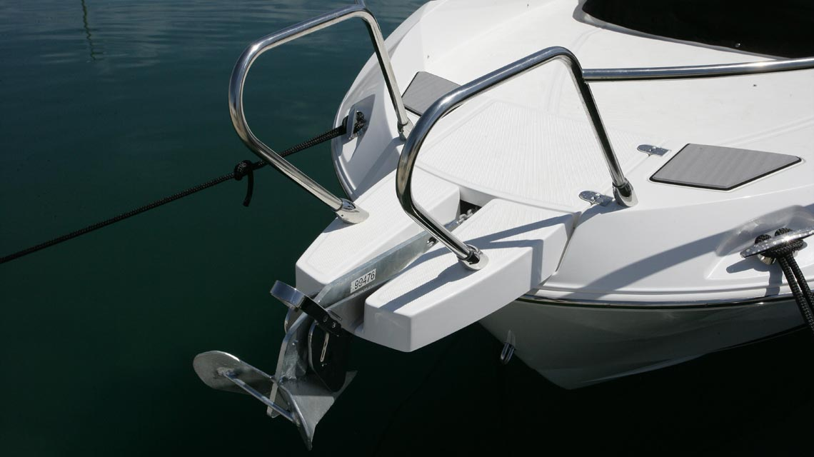 motorboot-karnic-702 8