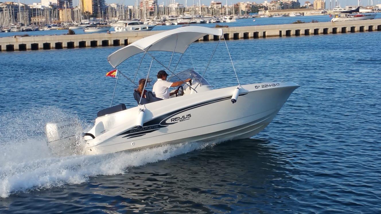 remus-620-open-charterboot 5
