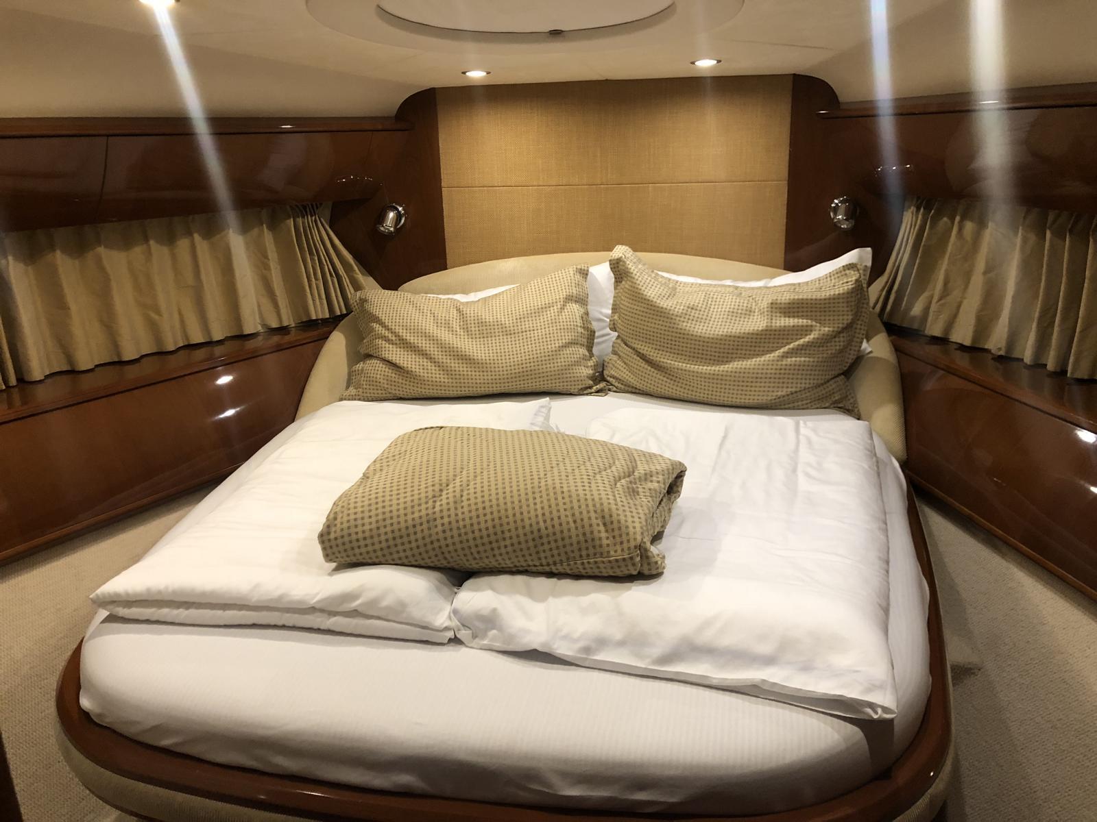 charteryacht-princess-v58 12