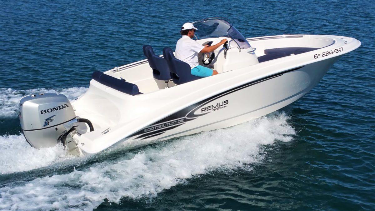 remus-620-open-charterboot 2