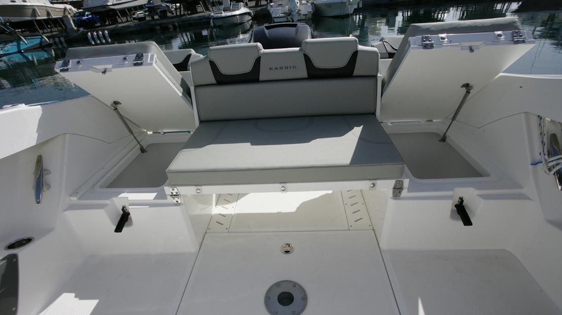 motorboot-karnic-702 15