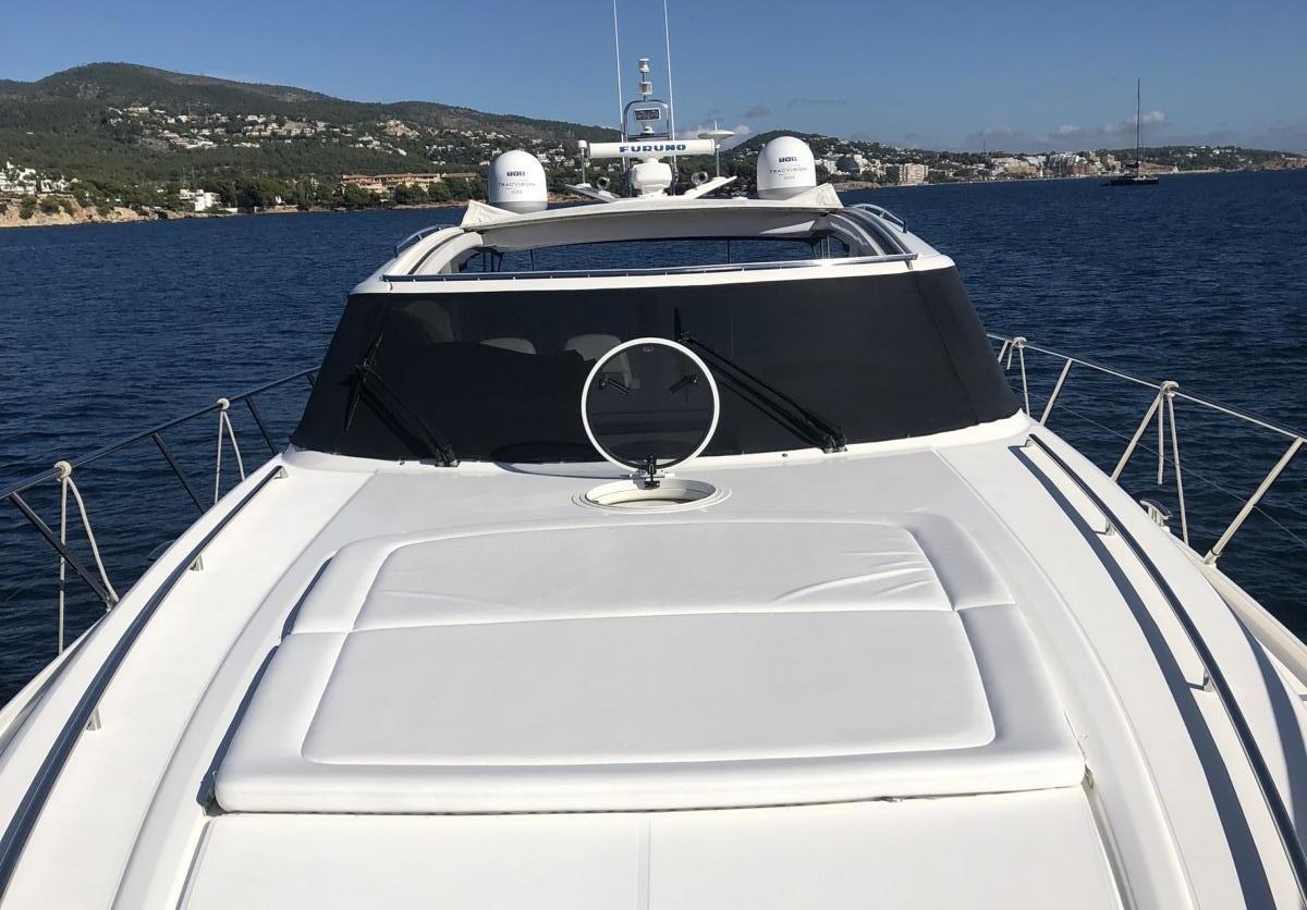 charteryacht-princess-v58 11